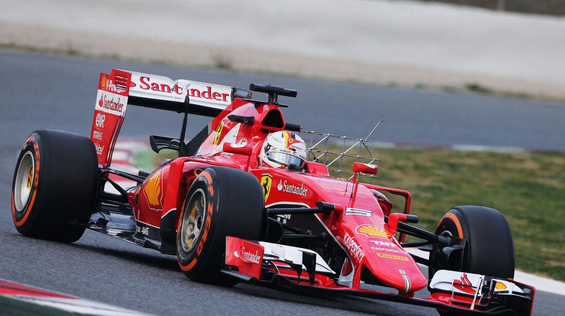 Sebastian Vettel - Ferrari - Formel 1-Test - Barcelona - 27. Februar 2015