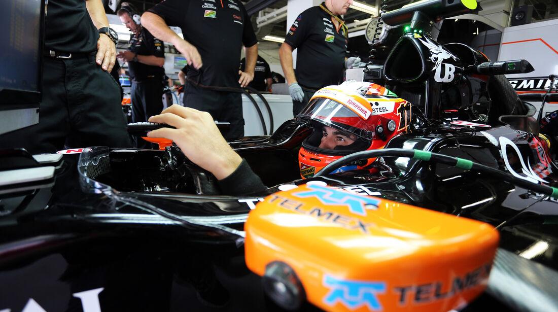 Sergio Perez - Force India - Formel 1 - GP Japan - 3. Oktober 2014