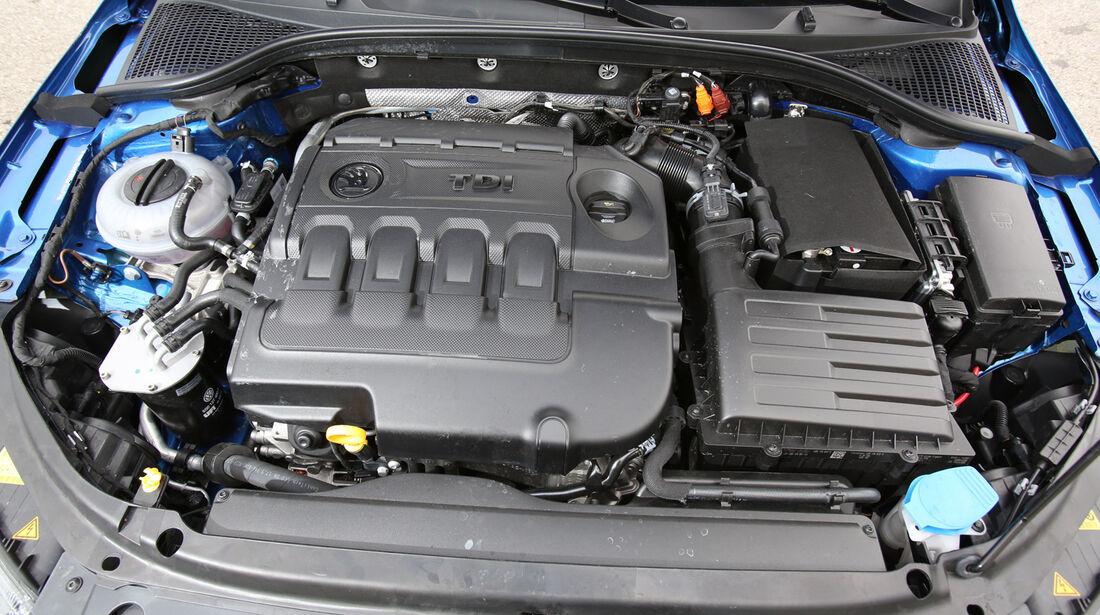 Skoda Octavia Combi, Motor