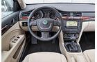 Skoda Superb Combi 2.0 TDI Eleg., Cockpit