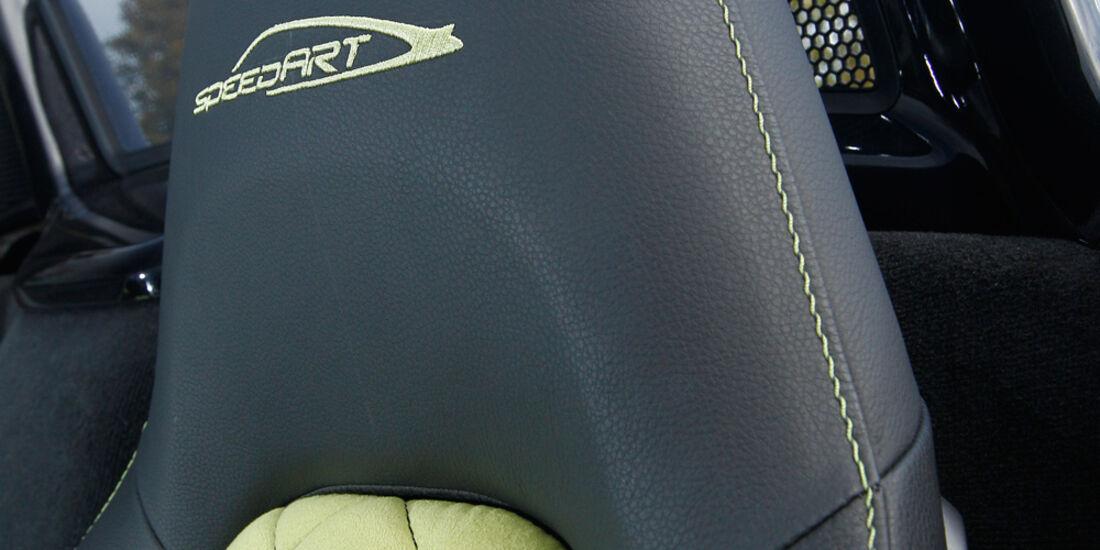 Speedart SP81-R, Kopfstütze