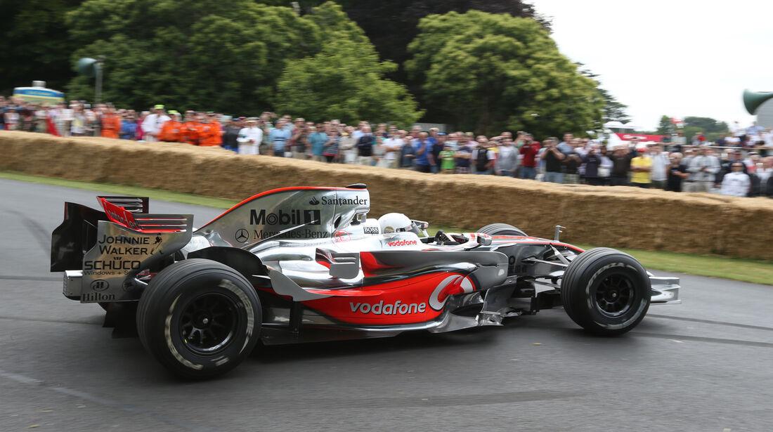 Stoffel Vandoorne - McLaren MP4-23 - Goodwood 2013