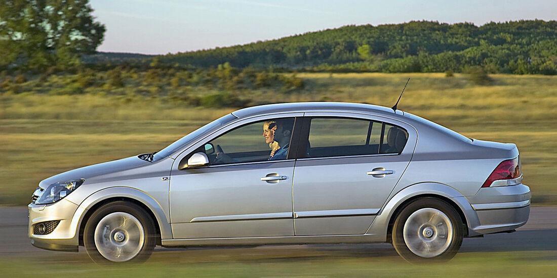 Stufenheck-Limousinen, Opel Astra 1.6 Edition