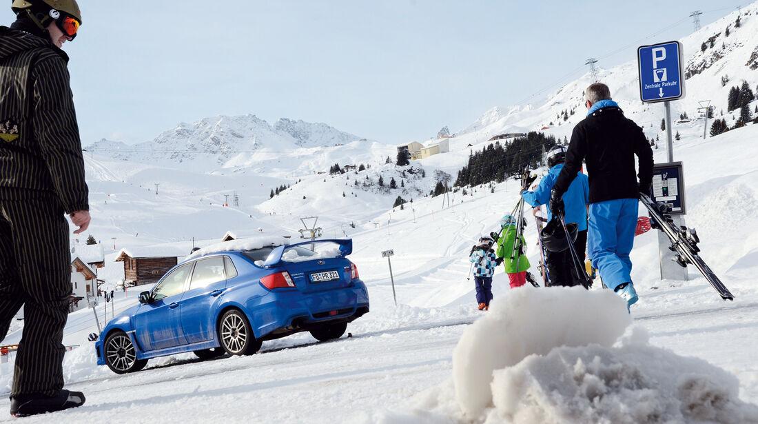 Subaru WRX Sti, Seitenansicht, Skipiste