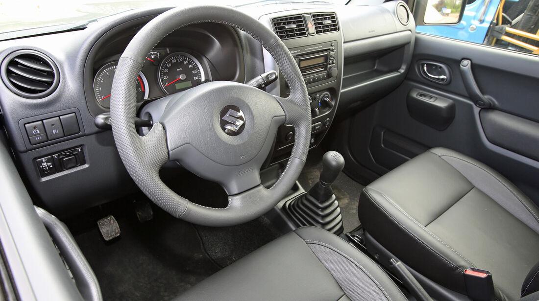 Suzuki Jimny, Cockpit
