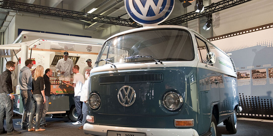 Techno Classica Volkswagen Currywurst Ketchup