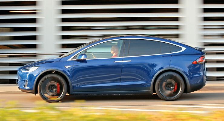 Tesla Model X P90D, Seitenansicht