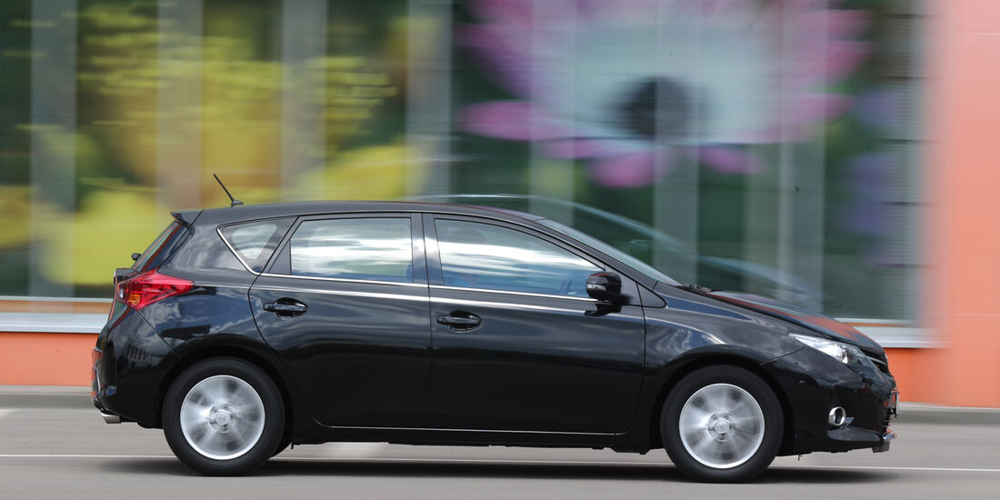Toyota Auris 2.0 D-4D, Seitenansicht