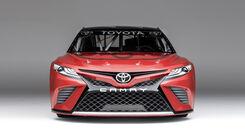 Toyota Camry Nascar enthüllt
