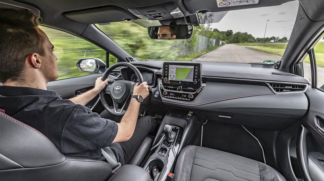 Toyota Corolla Touring Sports 2.0 Hybrid Lounge, Interieur