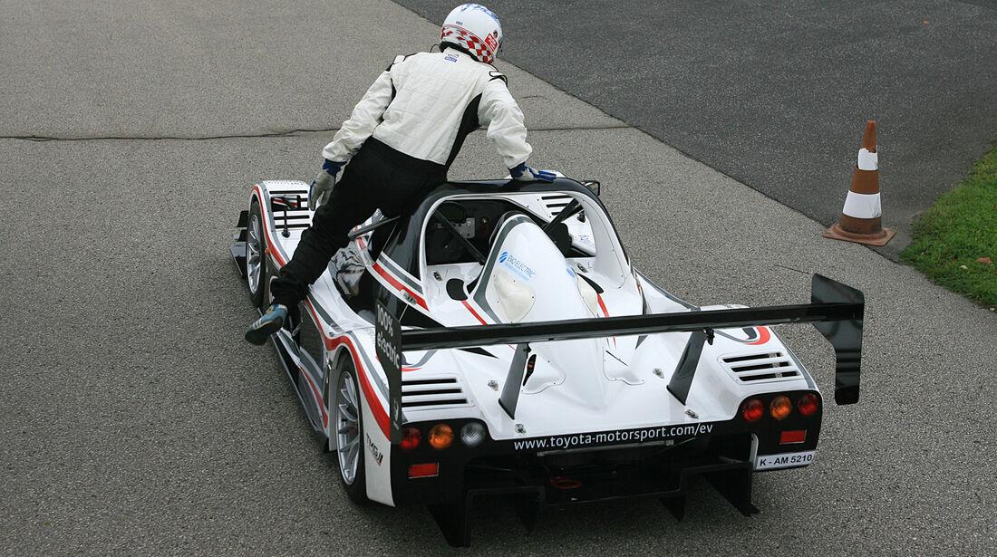 Toyota EV P001, Heck
