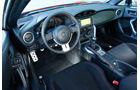 Toyota GT86 Pure, Cockpit
