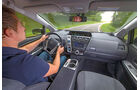 Toyota Prius Plus Life, Cockpit