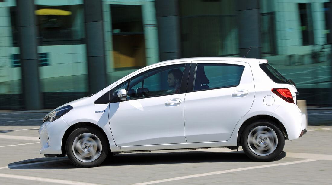 Toyota Yaris 1.5 Hybrid Comfort, Seitenansicht