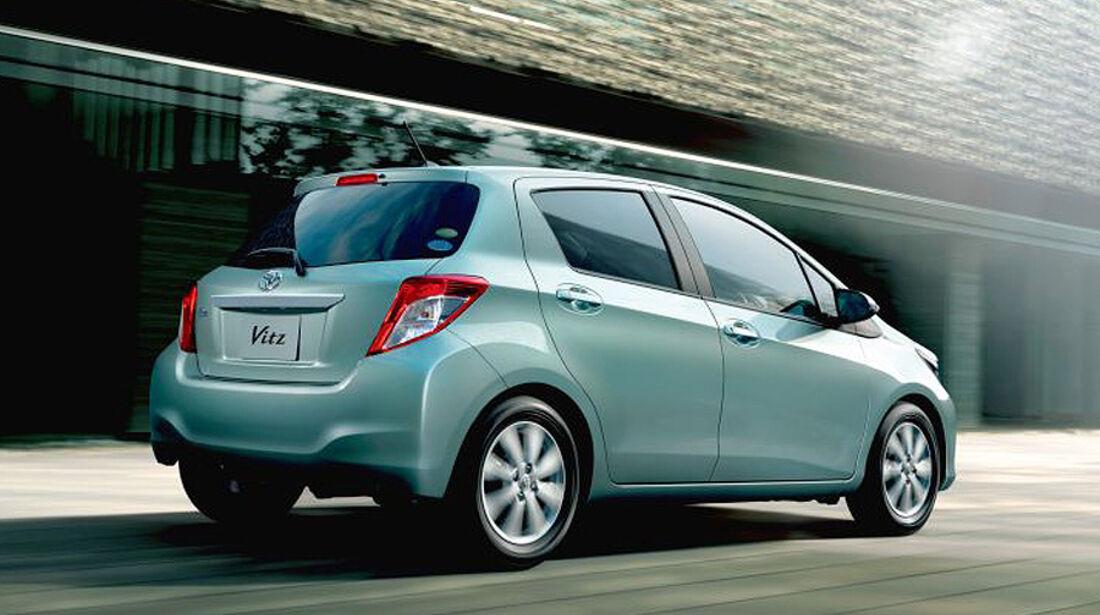 Toyota Yaris Vitz Japanversion 2011