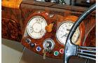 Triumph Roadster 2000, Wurzelholz, Rundinstrumente