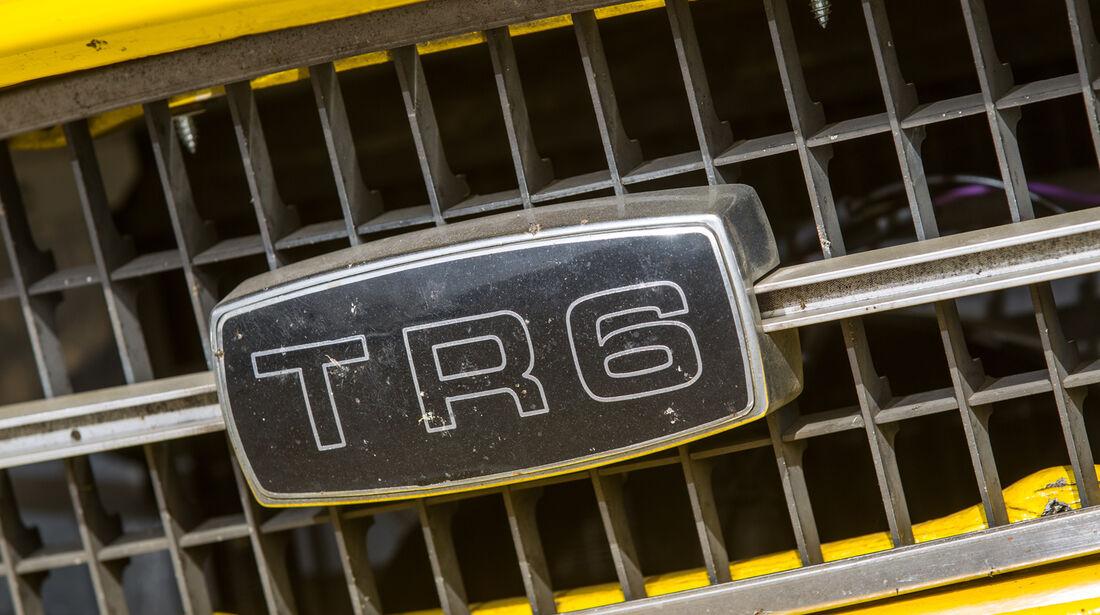Triumph TR6, Typenbezeichnung, Emblem