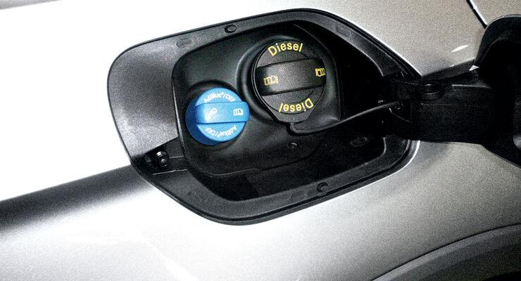 nox-abgasreinigung: das müssen sie über adblue wissen - auto motor