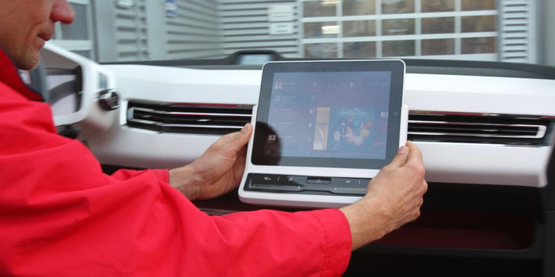 VW Bulli, Studie, Bedienung, Multimedia, Navi