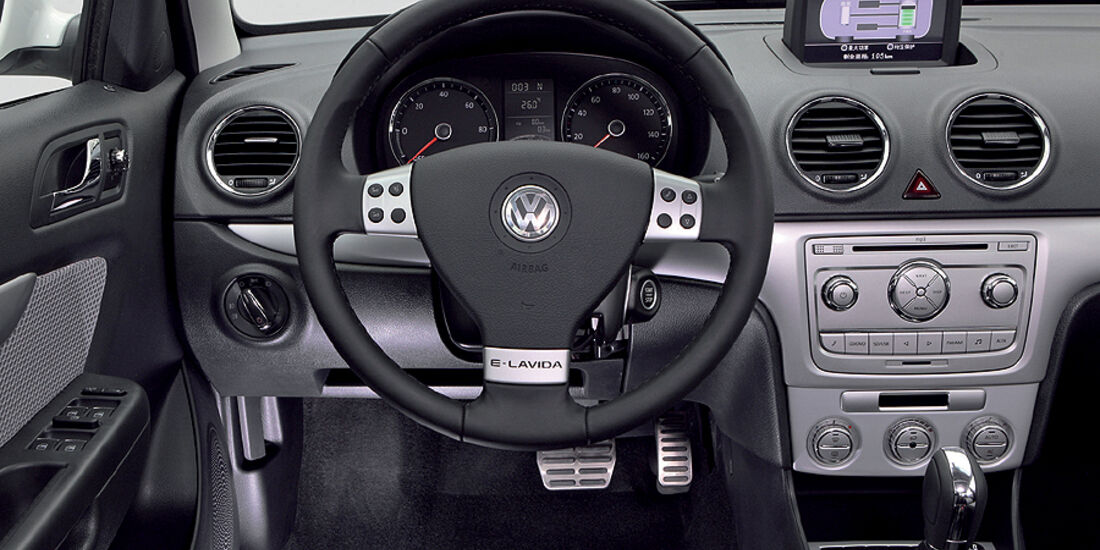 VW Golf Blue-E-Motion,Cockpit