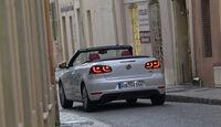 VW Golf Cabrio, Rückansicht, Stadt, offen