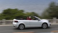 VW Golf Cabrio, Seitenansicht, Straßenfahrt, offen