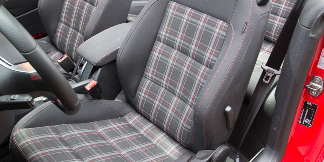 VW Golf GTI Cabrio, Fahrersitz