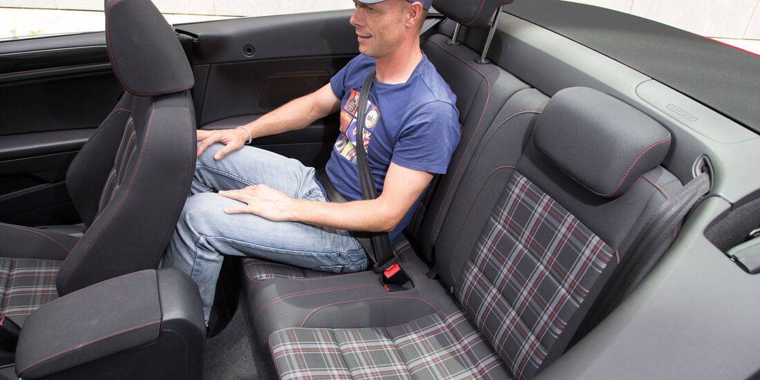 VW Golf GTI Cabrio, Rücksitz, Beinfreiheit