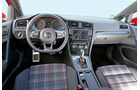 VW Golf GTI, Cockpit, Karo-Muster