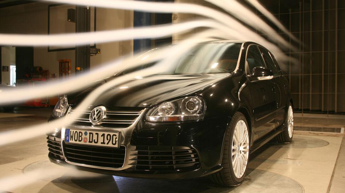 VW Golf V R32 07