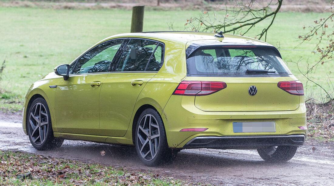VW Golf VIII ungetarnt Erlkönig
