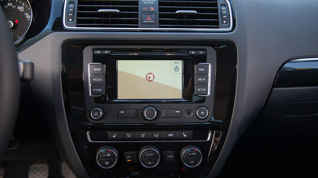 VW Jetta 2014, Navigationssystem