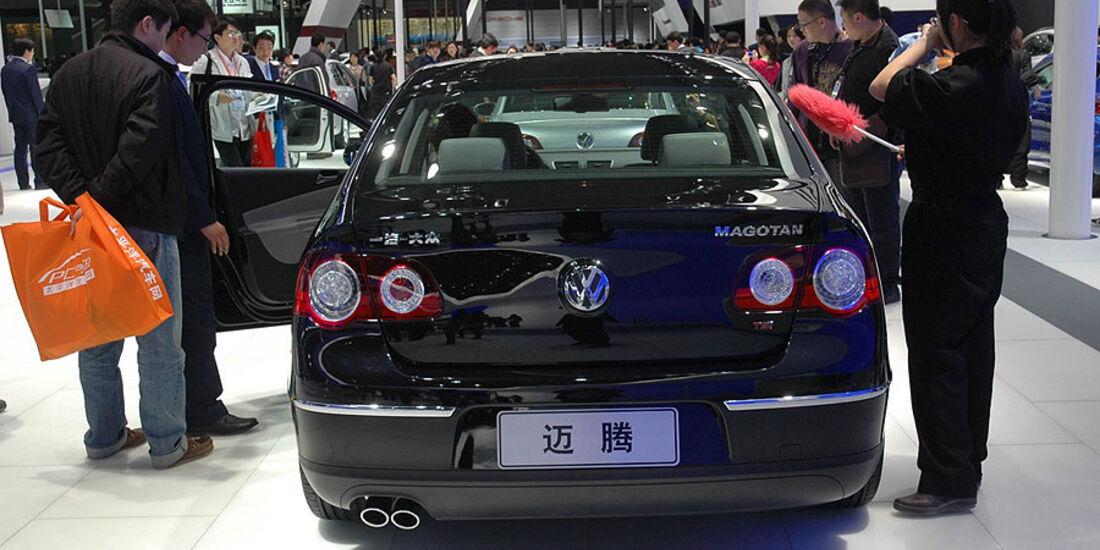 VW Magotan auf der Auto China 2010