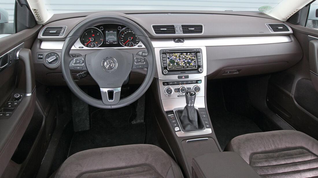 VW Passat 2.0 TDI BMT, Cockpit, Lenkrad