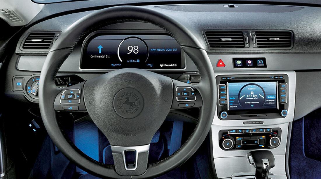 VW Passat Continental Studie Cockpit