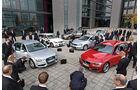 VW Passat Variant 2.0 TDI Highline, BMW 320d Touring Sportline, Audi A4 Avant 2.0 TDI Ambition, Mercedes C 220 CDI T Avantgarde, Skoda Superb Combi 2.0 TDI Eleg., Frontansicht