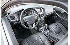 Volvo V40 D3, Cockpit