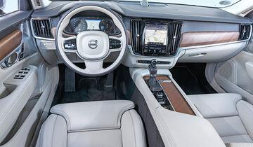 Volvo V90 D5 AWD, Cockpit