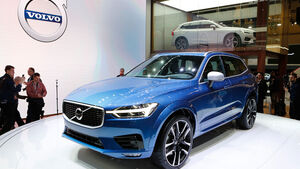 volvo v40 r design auf dem autosalon paris mehr w rze und. Black Bedroom Furniture Sets. Home Design Ideas