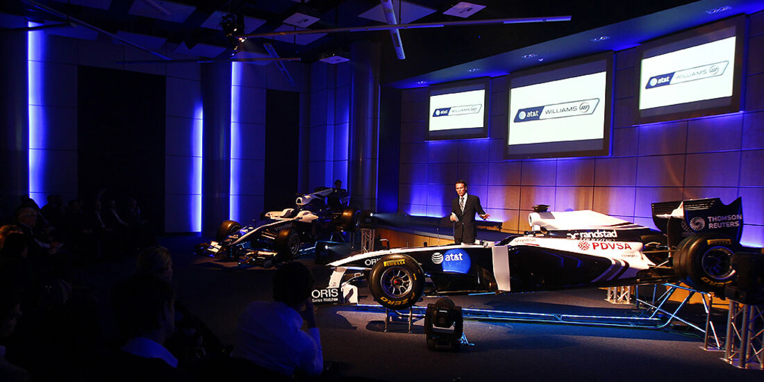 Williams Cosworth FW33, Sam Michael