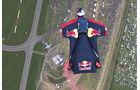 Wingsuit-Springer - Red Bull
