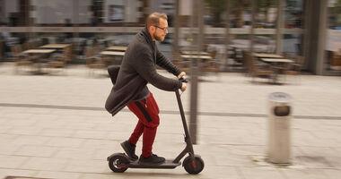 renault twizy sport f1 concept car im fahrbericht. Black Bedroom Furniture Sets. Home Design Ideas
