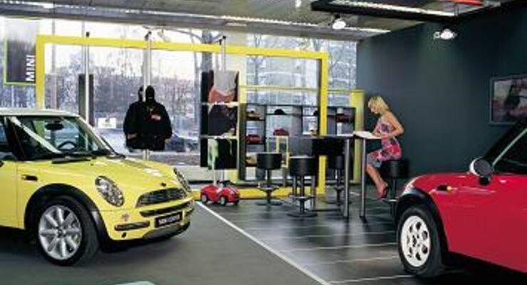 umfrage zwei von drei planen auto kauf auf pump auto. Black Bedroom Furniture Sets. Home Design Ideas
