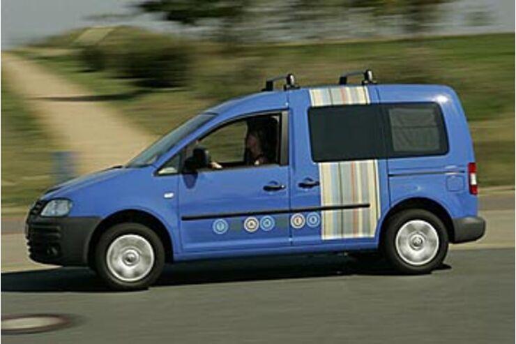 vw caddy tramper eco fuel das mini wohnmobil auto motor. Black Bedroom Furniture Sets. Home Design Ideas