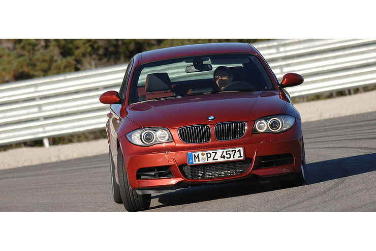 bmw 135i einser sch ler auto motor und sport. Black Bedroom Furniture Sets. Home Design Ideas